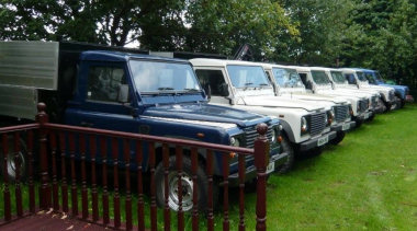Land Rover Defender Tippers